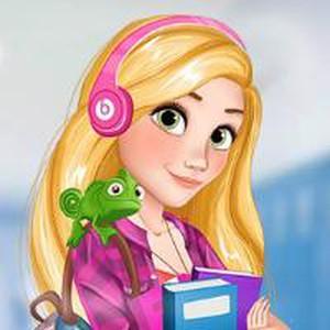 Elsa Và Rapunzel Học Đại Học